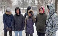 Учасникам мітингу за канали Медведчука платили 500 грн. ВІДЕО