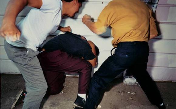 Побили 19-річного волинянина і відібрали більш як чотири тисячі