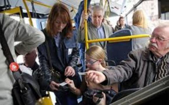 Розповіли, які помилки роблять лучани при користуванні е-квитком. ФОТО