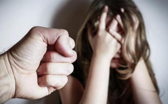 Жителя Луцького району звинувачують у зґвалтуванні малолітньої падчерки