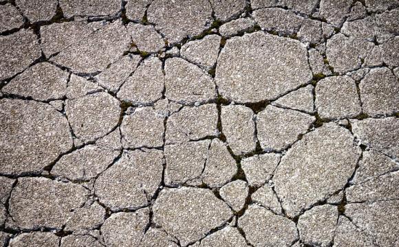 Унікальний феномен: земля з води піднялася нагору. ВІДЕО
