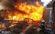 На українському курорті вогонь майже повністю знищив туристичну базу. ФОТО