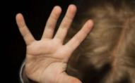 3-річний хлопчик помер від побоїв дорогою до лікарні