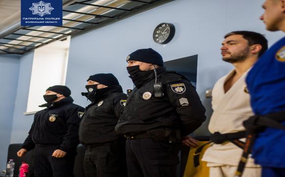 В Луцьку відновили курси самооборони для жінок