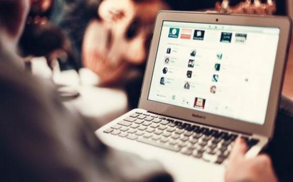 Назвали найбільш поширені методи шахраїв у інтернеті
