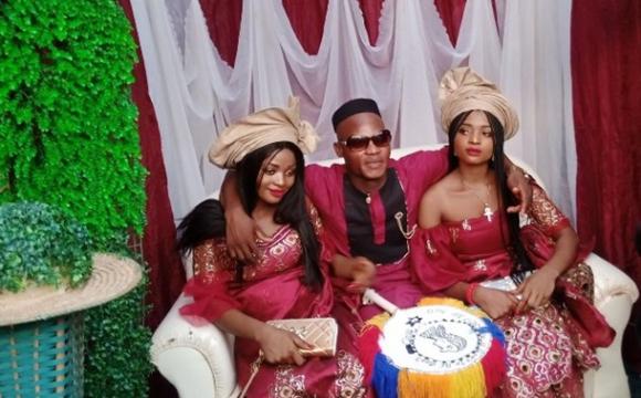 Сестри-близнята стали дружинами одного чоловіка
