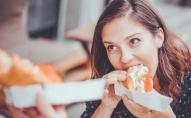 Люблять добряче поїсти: які знаки Зодіаку жадібні до їжі