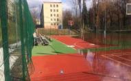 У Луцьку в центрі міста затопило новенький спортивний майданчик