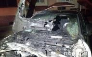 Вночі спалили кросовер депутата облради. ФОТО