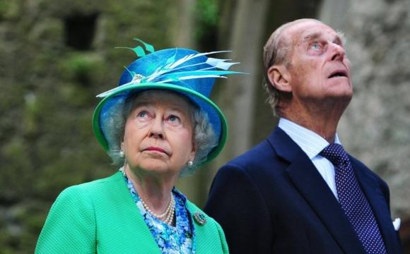 Королева Британії вакцинувалась від коронавірусу