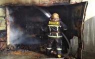 У Луцьку від вибуху дотла згоріла автівка