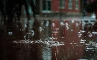 Ритуал дощу: шестеро неповнолітніх дівчат гуляли селом без будь-якого одягу