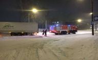 В Луцьку з снігу витягали 2 вантажівки та 1 тролейбус