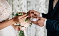 Не з'явилися - платіть: молодята виставили гостям рахунок за весілля. ФОТО