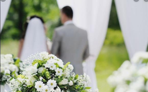 Необдумане рішення: пара подала на розлучення через годину після весілля