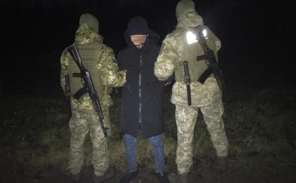 На Волині затримали сирійця, який вдруге річкою добирався в Польщу