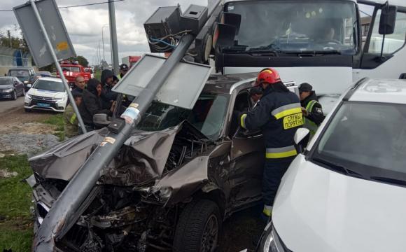 На трасі Київ-Чоп сталася масштабна аварія, є загиблі та травмовані. ФОТО