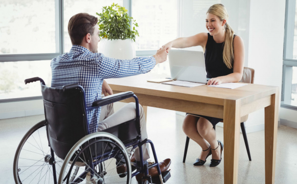 Уряд хоче спростити працевлаштування особам з інвалідністю в Україні
