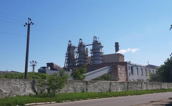 Нестерпний сморід у Луцьку: Гнідавський цукровий завод