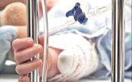 У маленької дитини виявили небезпечну інфекцію, яка призвела до паралічу: в області працюють епідеміологи