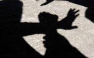 У гуртожитку напали на студента, погрожуючи уламком скла