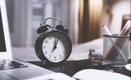 Коли українці перестануть переводити годинники