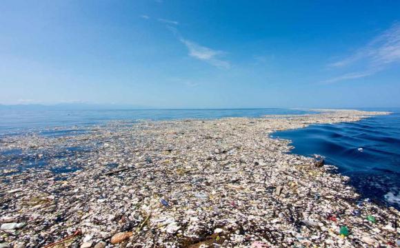 Понад 1,5 млрд медичних масок потрапили в океани