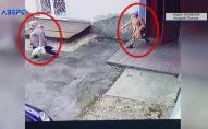 На відео потрапили шахрайки, які у центрі Луцька обібрали стареньку. ВІДЕО