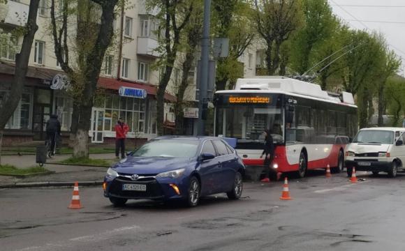 Нові подробиці ДТП на проспекті Волі. ФОТО