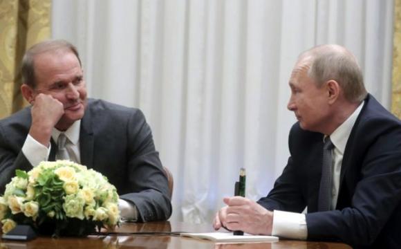 Медведчук відкидає звинувачення у держзраді та обіцяє не втікати