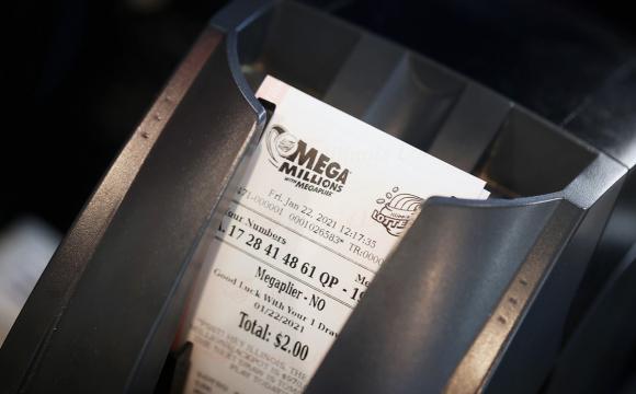 Джекпот за джекпотом: чоловік виграв у лотерею $1 мільярд
