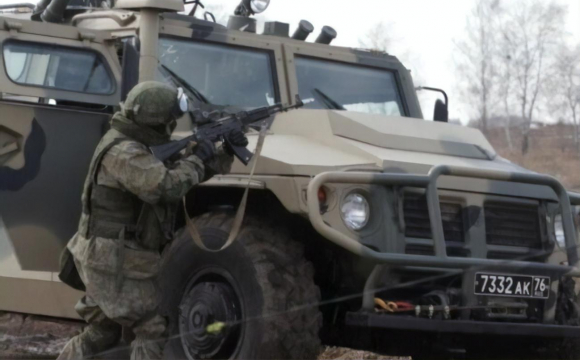 Путін пояснив, чому біля кордону України велике скупчення військової техніки