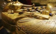 В Єгипті знайшли першу у світі позолочену труну