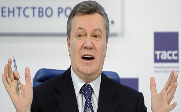 Адвокати Януковича втекли з суду. ВІДЕО
