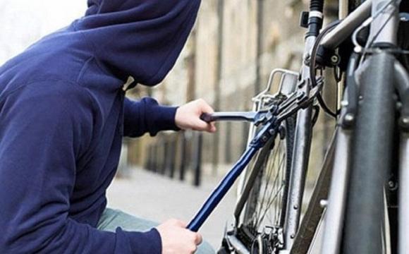 У місті на Волині оперативно затримали підстаркуватого крадія