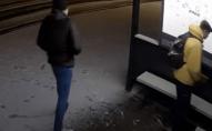 Вандала, який розмалював зупинку в Луцьку, знайшли: його судитимуть