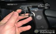 У Нововолинську чоловік погрожував вбивством жінці та стріляв. ФОТО