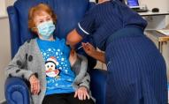 Велика Британія прискорює вакцинацію: всі дорослі мають отримати першу дозу до 31 липня