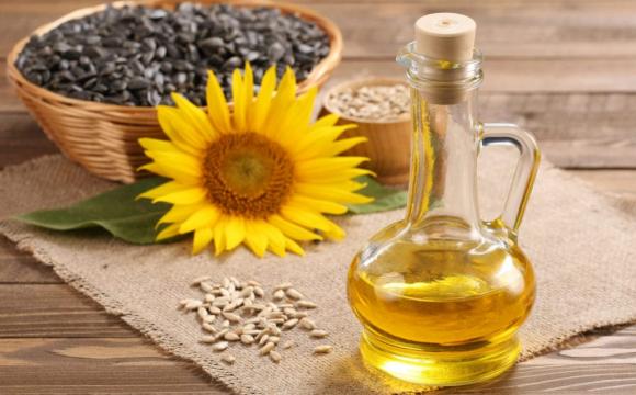 Українцям соняшникову олію продають удвічі дорожче, ніж іноземцям