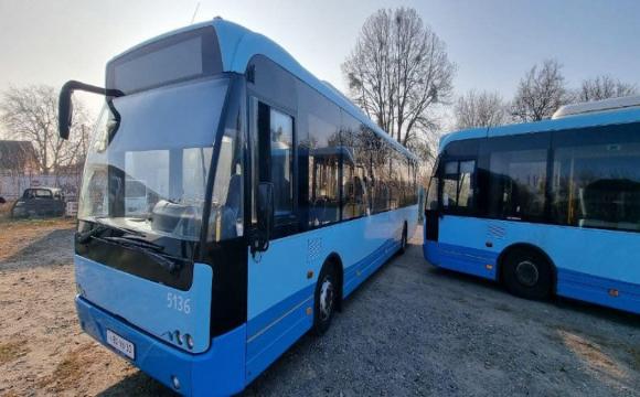 Луцьком їздитимуть нові автобуси. ФОТО