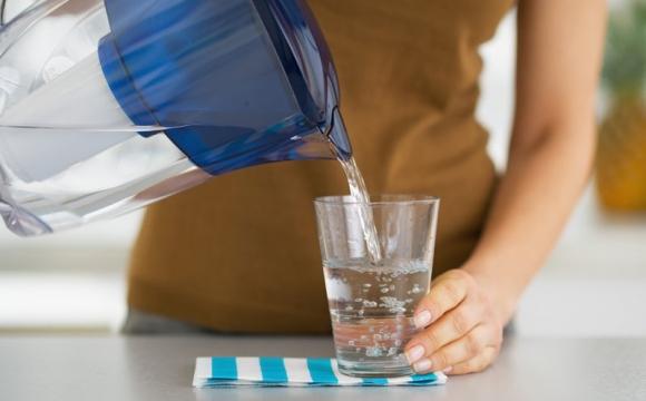 Чому склянка води зранку є такою корисною