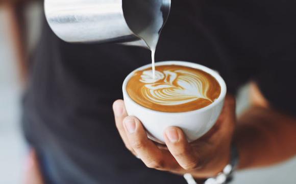 Скільки чашок кави можна пити в день – дослідження вчених