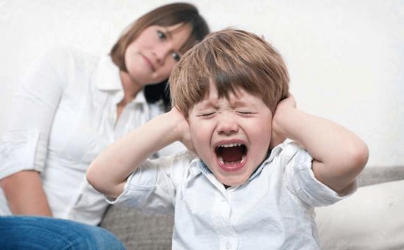 Ігнорування інтересів дитини: у яких випадках можуть позбавити батьківських прав