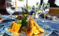 На популярних туристичних курортах відвідувачів годували зіпсованими продуктами