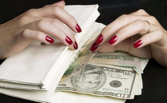 Шахрайка з Любешівщини заволоділа чужим майном на 130 тисяч грн