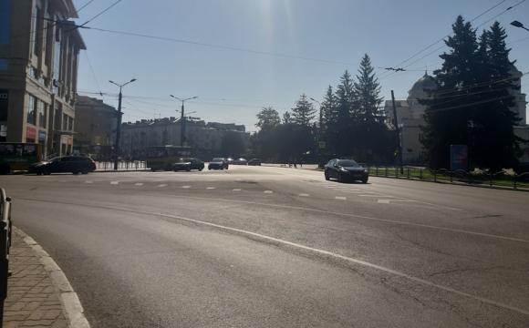У Луцьку тимчасово зупинять рух транспорту через ходу