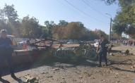Тіла розірвало навпіл: біля міської лікарні підірвали автомобіль. ФОТО/ВІДЕО