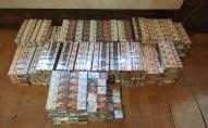 У ПП «Володимир-Волинський» луцькі пpикоpдонники під бухтами з дроту знайшли контрабандні цигарки. ФОТО