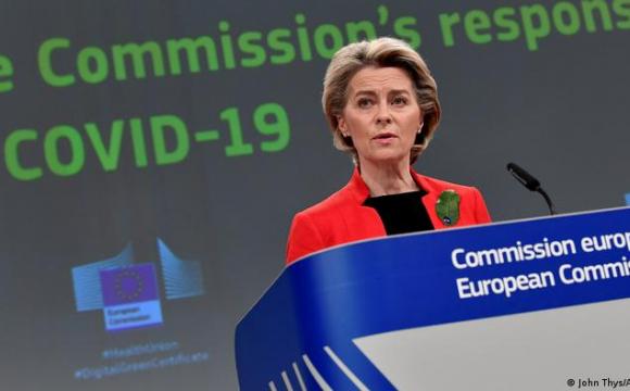 В ЄС не готові ділитися COVID-вакцинами з бідними країнами