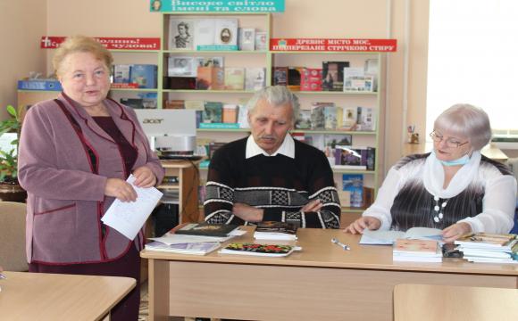 У Луцьку провели годину поезії «Поезія – мелодія душі». ФОТО
